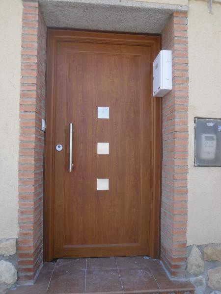 Cecal 2009 puerta de entrada serie moderna - Tirador puerta aluminio ...