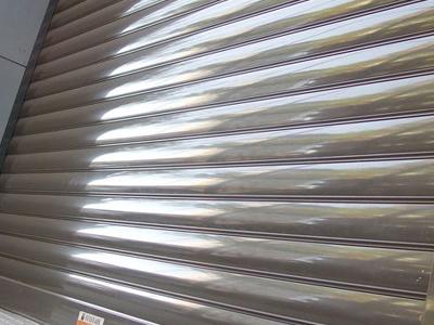 puerta-enrollable-aluminio-autoblocante-prestige-01