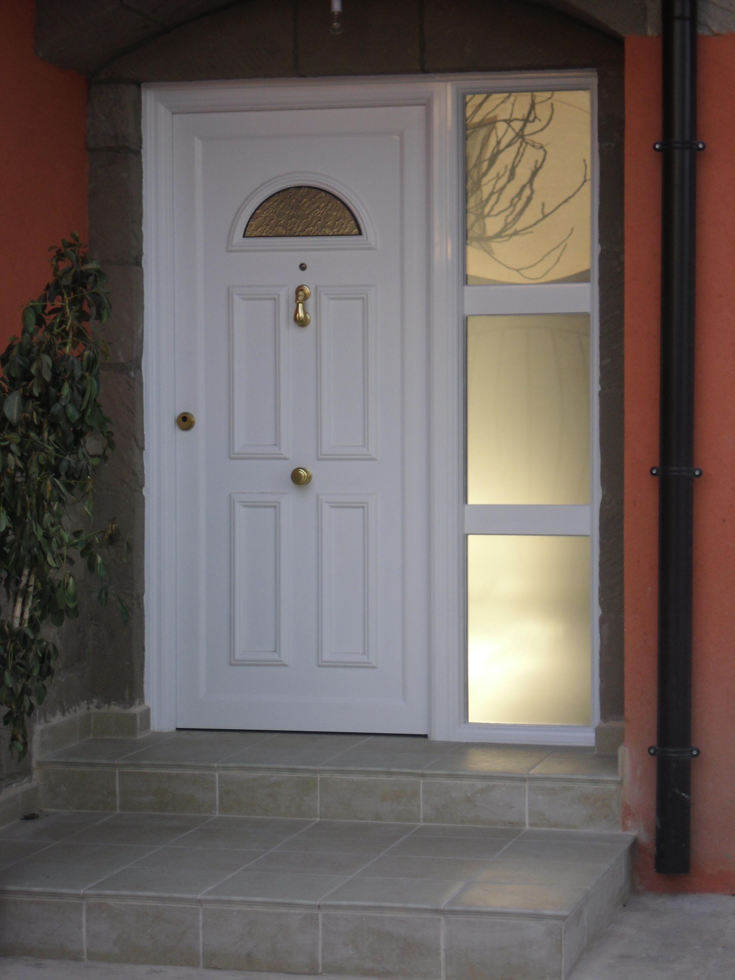 Cecal 2009 puerta de entrada serie cl sica - Puertas de entrada aluminio ...